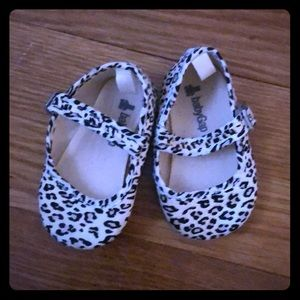 Baby gap slip on shoe- leopard